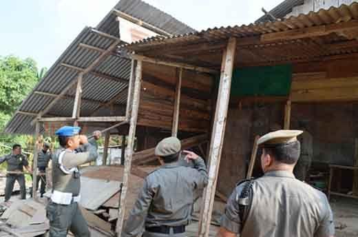 Satpol PP Siap Jalankan Perintah Bupati Inhil Bongkar Kafe Remang-remang di PKKG Tembilahan