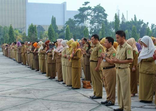 Demi Kenyamanan, PNS di Riau Diimbau Berpakaian Sopan, Gubernur Arsyadjuliandi: Kalau Pakaian Sempit <i>Nggak</i> Nyaman Kerja