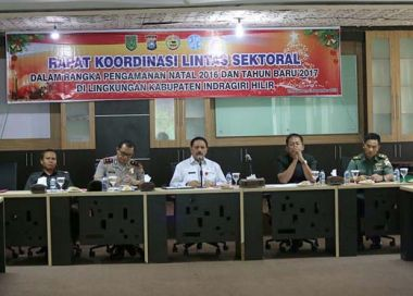 sekda-said-syarifuddin-pimpin-rakor-lintas-sektoral-bahas-pengamanan-natal-2016-dan-tahun-baru-2017