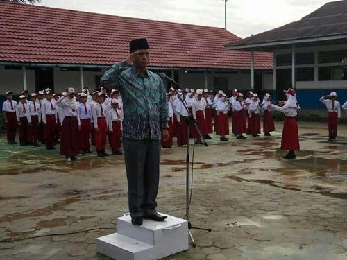 Ketua Komisi IV DPRD Inhil Adriyanto Bilang ke Guru di Inhil, Buatlah Anak-anak Segan Padamu, Bukan Takut…