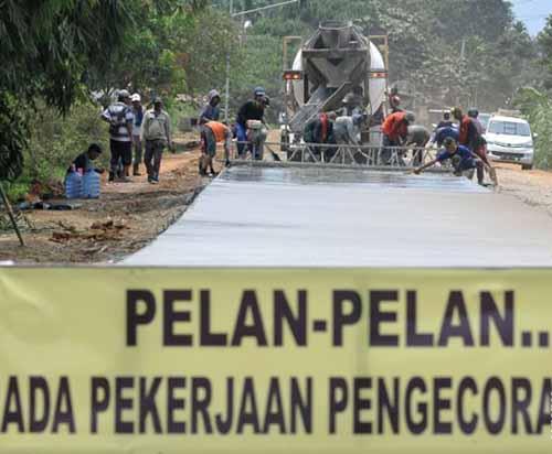 Pemerintah Siapkan Alat Berat di Daerah Rawan Longsor di Jalur Riau-Sumbar pada Mudik Lebaran 2017