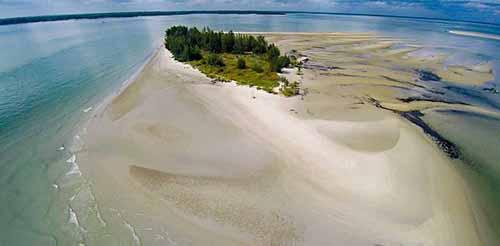 Cantiknya Beting Aceh, Pulau tanpa Penghuni yang Wajib Dikunjungi Saat ke Bengkalis