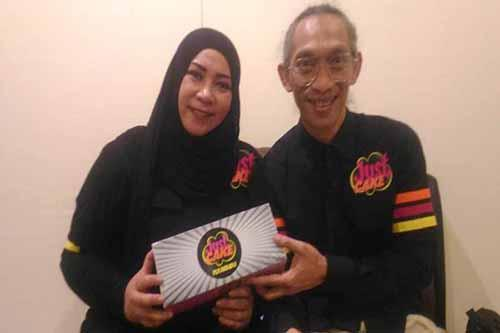Tatkala Melly Goeslaw Berbisnis Kuliner di Pekanbaru