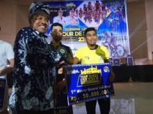 pembalap-sepeda-malaysia-amirul-fakhruddin-juara-umum-itour-de-siaki-2019-jepang-tim-terbaik