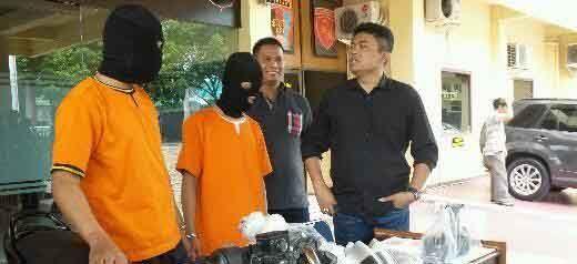 """Biadab! Kemaluan Pemuda yang Mayatnya Ditemukan di Payungsekaki Pekanbaru Juga Ditikam dan Duburnya """"Dirusak"""", Korban dan Pembunuh Masih Ada Hubungan Keluarga"""