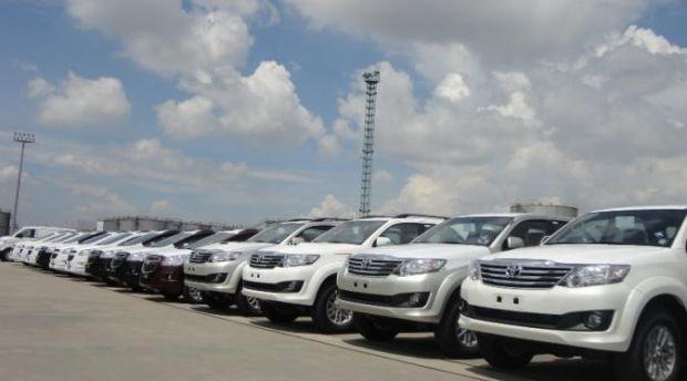 Pemkot Pekanbaru Gelontorkan Rp 11 Miliar untuk Membeli Mobil Dinas Pejabat