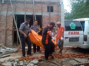 Warga Desa Danaubaru Inhu Heboh! Mayat Wanita Hanyut Ditemukan di Sungai Indragiri