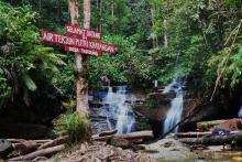 air-terjun-putri-kayangan-di-desa-tanjung-kotokampar-hulu-wisata-alam-yang-tersembunyi