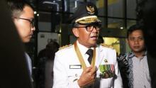 nurdin-abdullah-gubernur-sulsel-si-penerima-bung-hatta-award-diott-kpk
