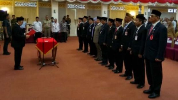 Gubernur Syamsuar Lantik 11 Pejabat Eselon II Pemprov Riau, Berikut Daftar Lengkapnya