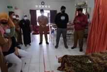 seorang-asn-pemkot-tanjungpinang-ditemukan-meninggal-tergeletak-di-depan-masjid