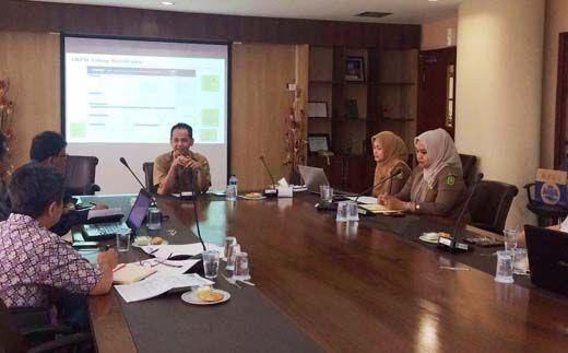 Selalu Punya Alasan Mangkir, Anggota DPRD Riau Husni Thamrin Marah karena Kepala BPMPD Lagi-lagi Tak Hadir saat Pembahasan Anggaran SKPD yang Dipimpinnya