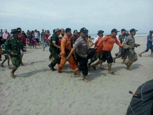 Warga Duri Bengkalis yang Hanyut Terseret Ombak Pantai Arta Padangpariaman Sumbar Sudah Ditemukan