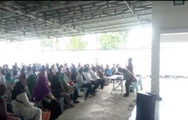 Kerumunan di Rumah Dinas Bupati Kepulauan Meranti Dibubarkan