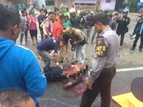 Pria 30 Tahun di Pekanbaru Tewas dengan Penuh Luka Tusuk di Depan Kafe Jalan SM Amin Pekanbaru, Diduga Korban Pengeroyokan
