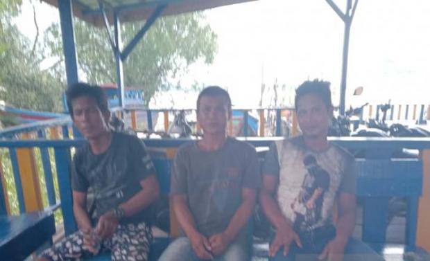 Dua Perahu Nelayan Sumut Dibakar OTK Bersebo di Rokan Hilir, Hasil Tangkapan Termasuk Uang dan KTP Disikat Habis
