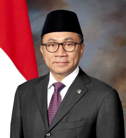 Ketua Umum PAN Digugat Seorang Kadernya di Riau Rp100 Miliar