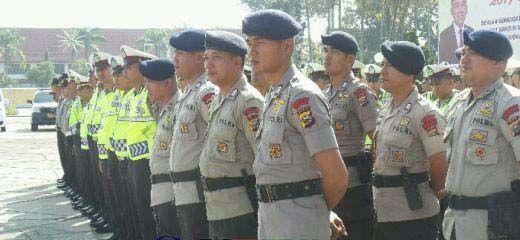 Ribuan Personel TNI-Polri, Dishub dan Satpol PP Amankan Pesta Tahun Baru 2017 di Kota Pekanbaru